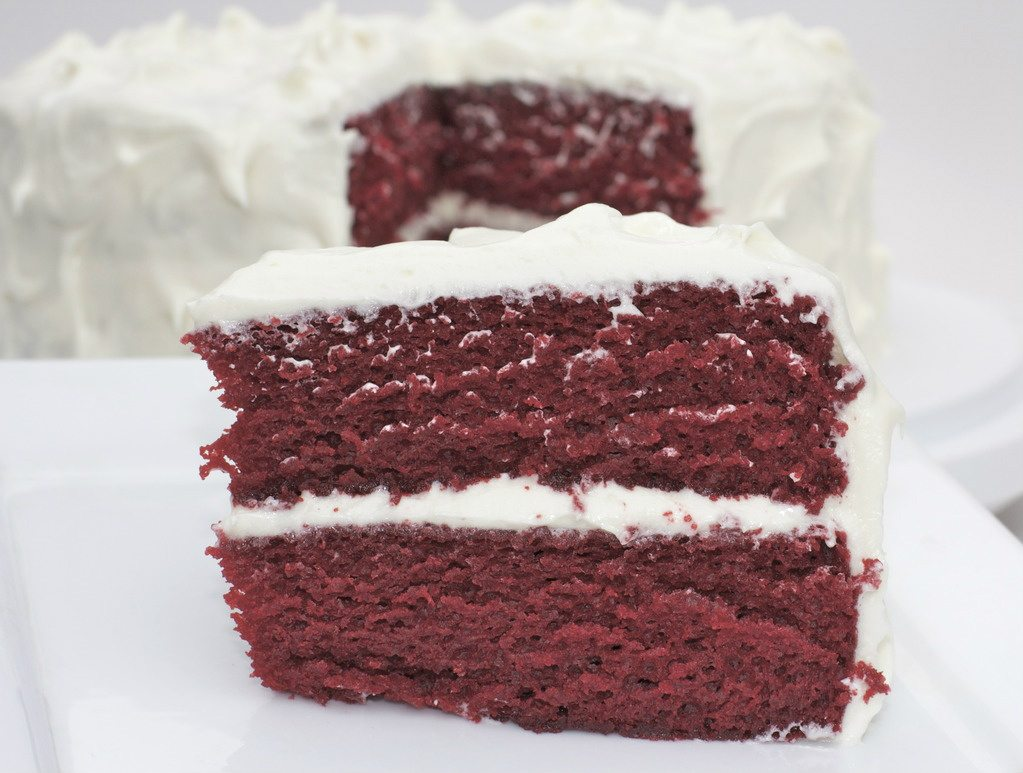 Cake Red Velvet Resepi : Best Red Velvet Cake Recipe-So Moist with Cream Cheese ...