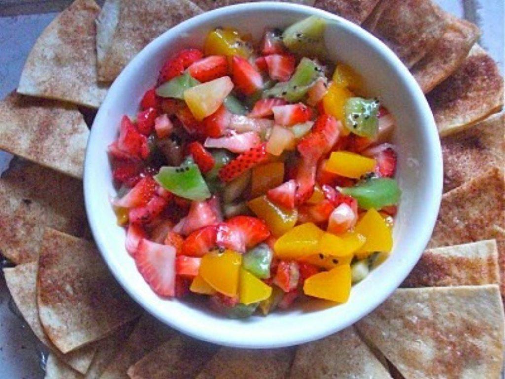 fruit salsa cinnamon tortilla chips recipe