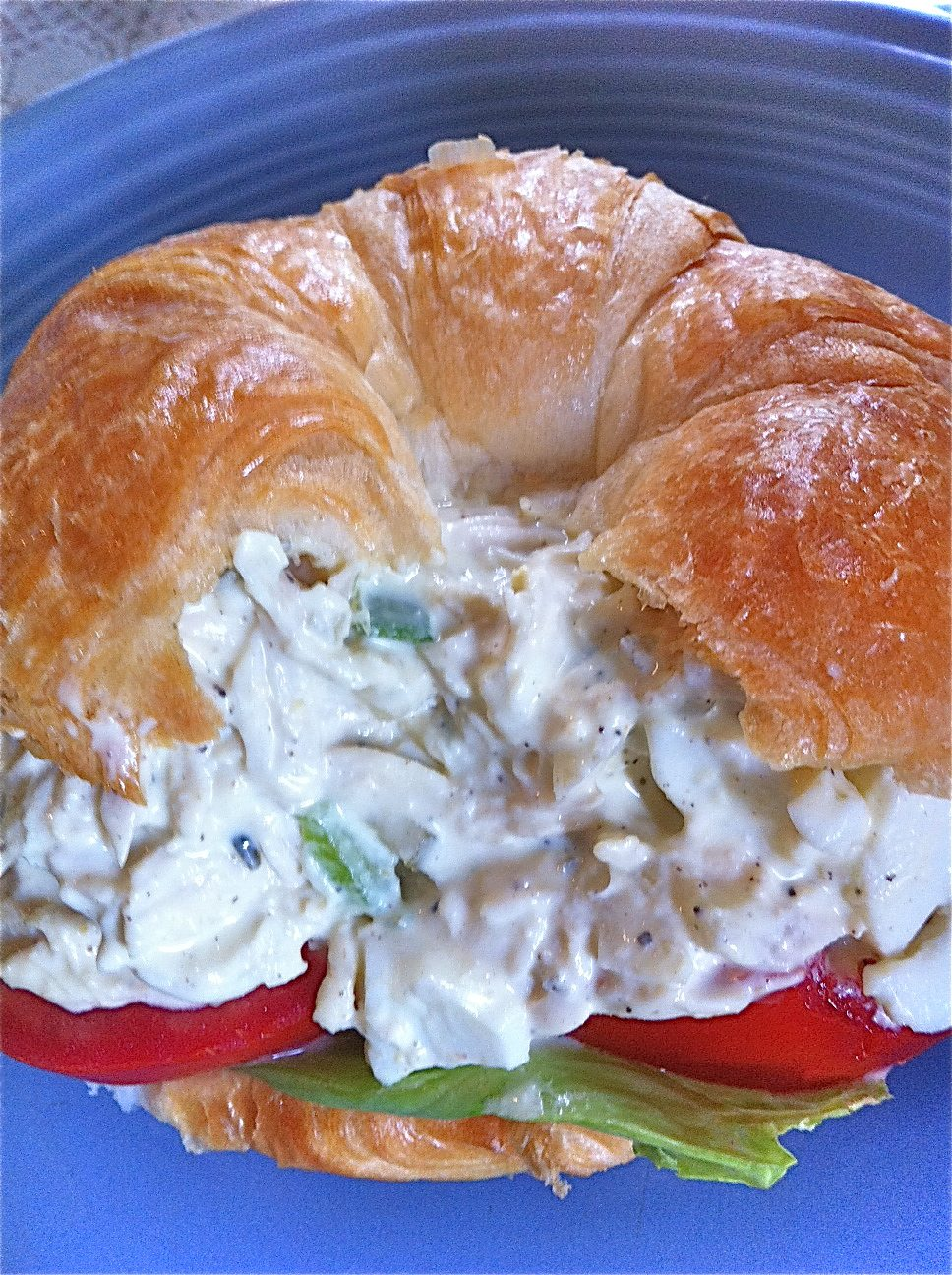 Easy chicken salad recipe divas can cook watch me make this southern easy chicken salad sandwhiches from start to finish forumfinder Images
