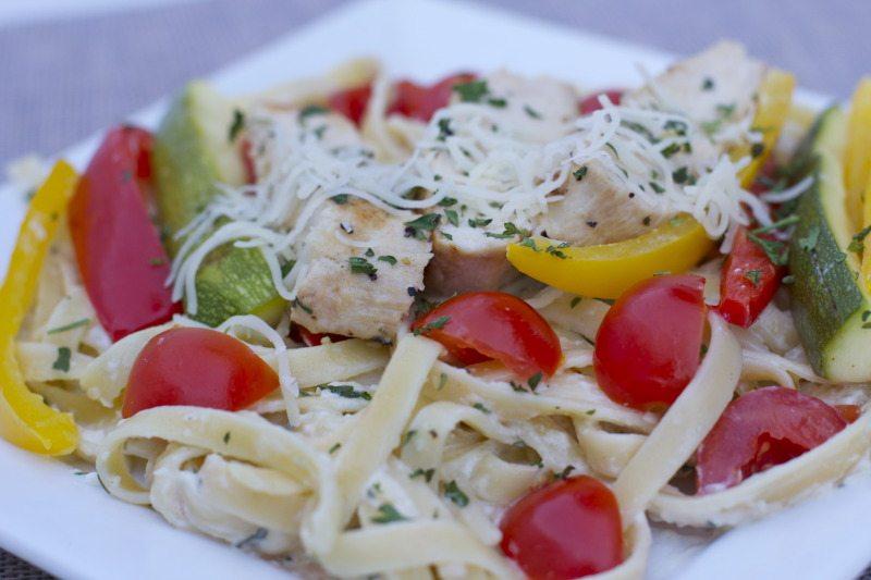 chicken vegetable fettuccine Alfredo recipe