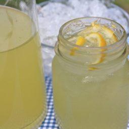 easy homemade old fashioned lemonade recipe