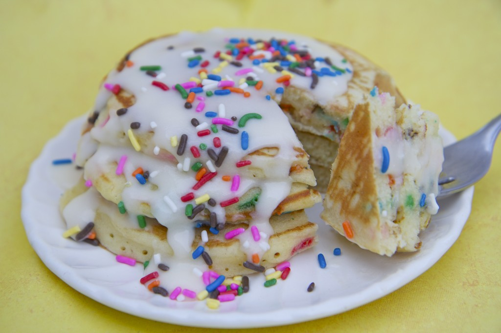 birthday cake batter pancakes recipe butter cream glaze