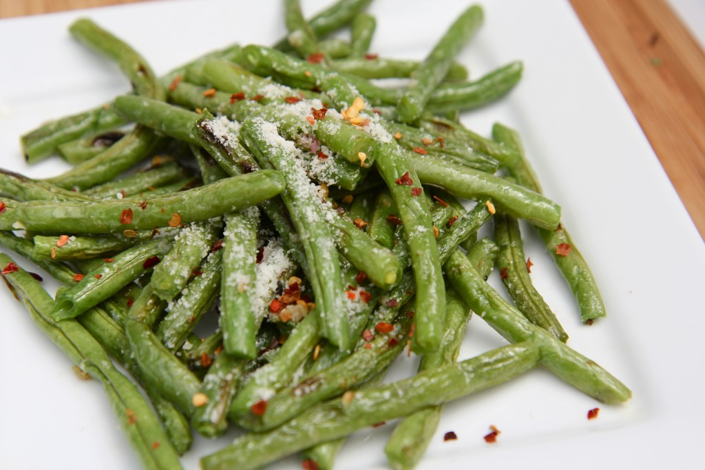 fresh roasted green beans recipe parmesan garlic red pepper flakes onions