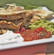 easy chicken cheese quesadilla recipe