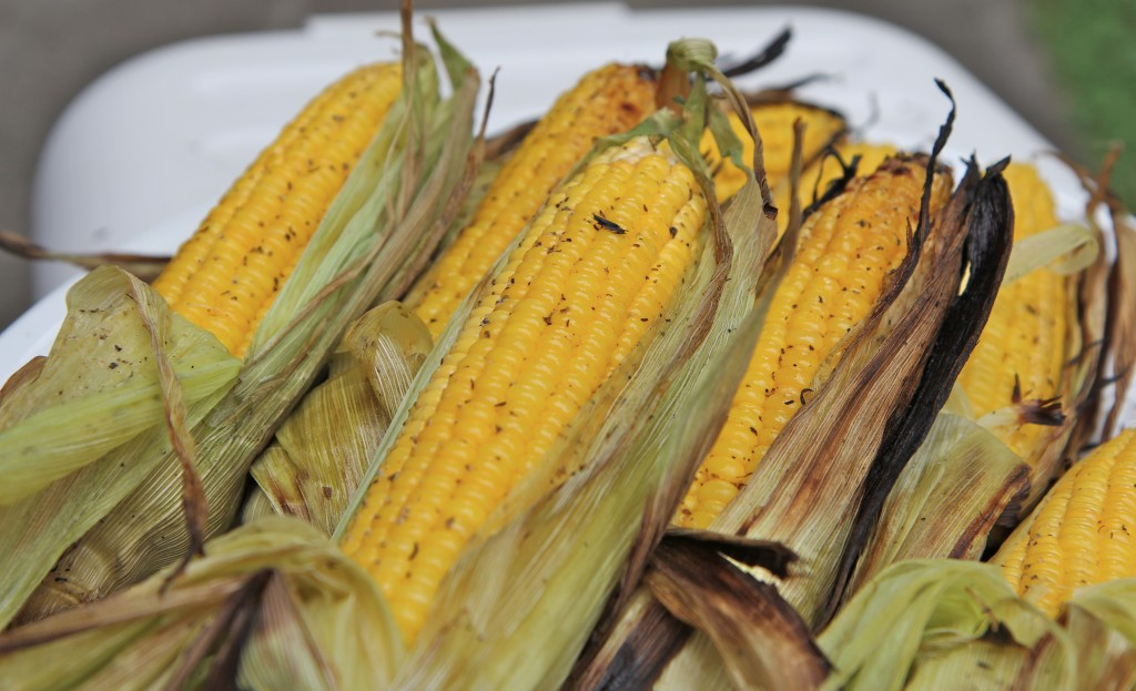 easy grilled corn on the cob recipe in husk
