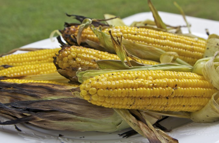 Sweet & Smokey Grilled Corn On The Cob