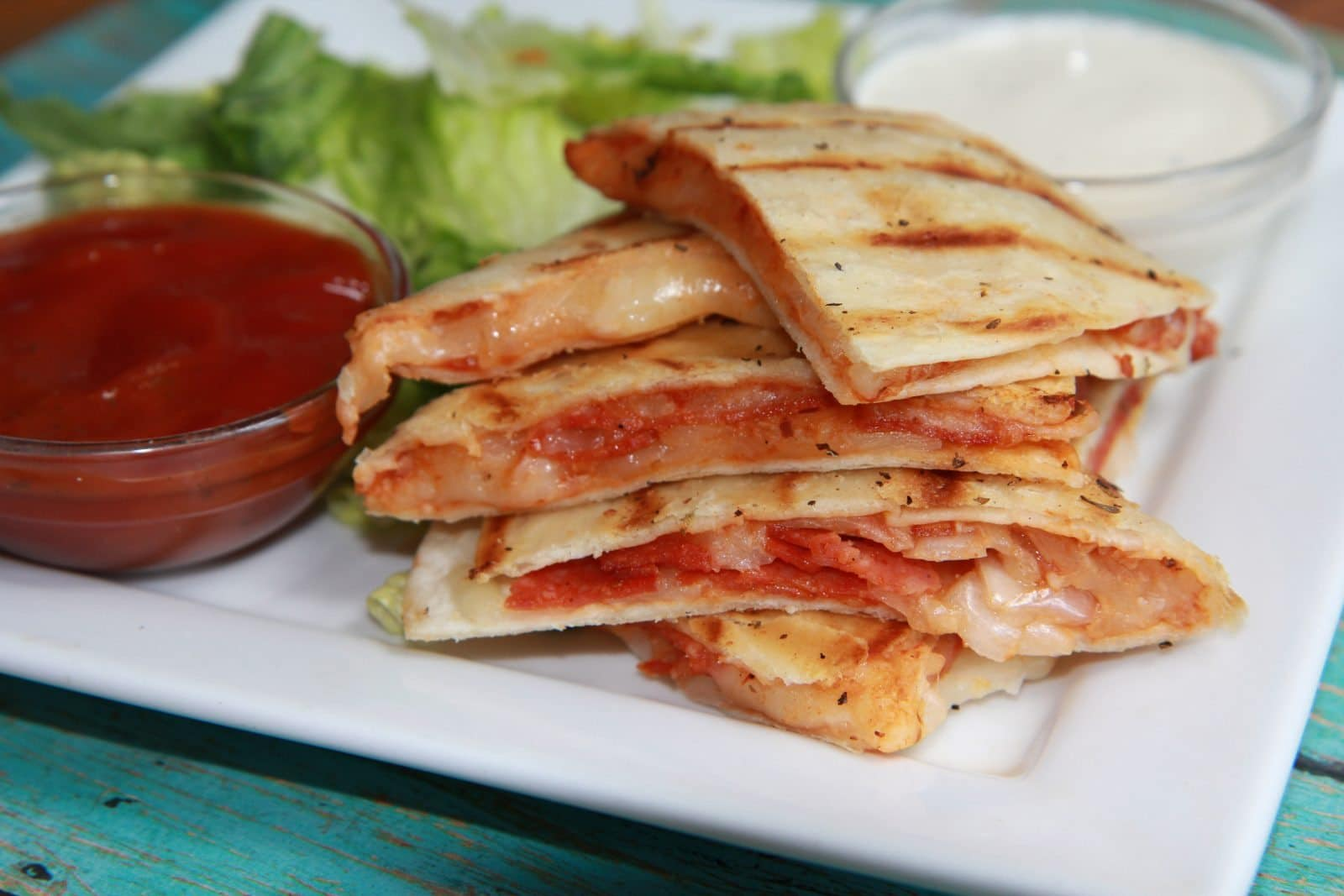 Pepperoni Pizza Quesadilla- Lunch Time!!