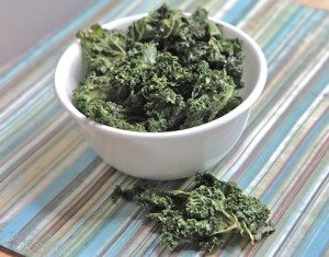 Crispy Kale Chips recipe How to make kale chips easy salt and vinegar
