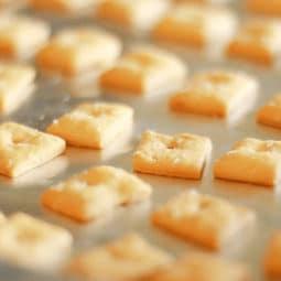 cheese crackers homemade