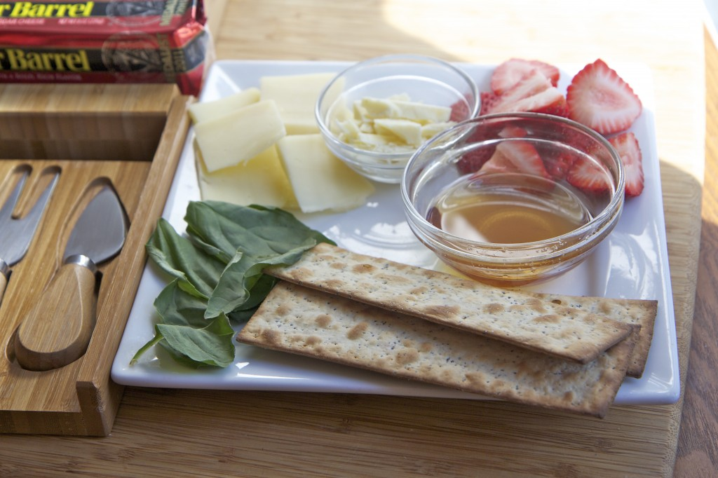 Cracker Barrel cheese pairing tray