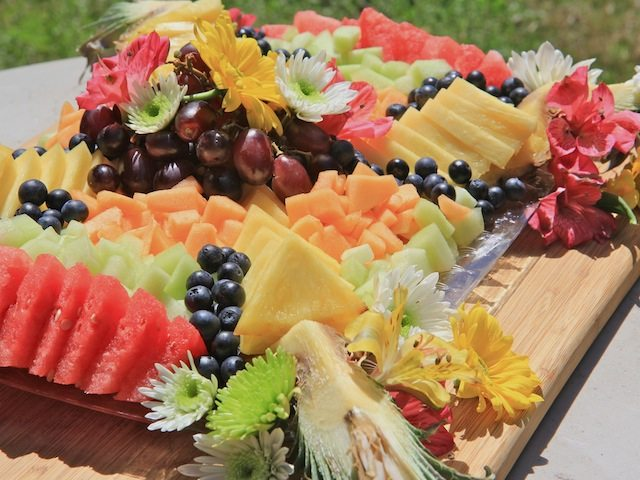 How To Make A Beautiful Fruit Tray Platter