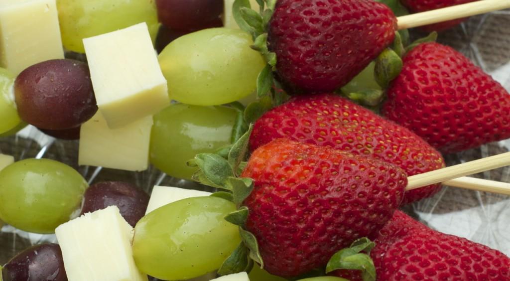 fruit and cheese kabob cracker barrel cheese