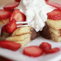 nutella stuffed pancakes recipe strawberries