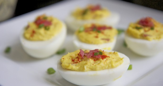 Bacon Cheddar Deviled Eggs | Divas Can Cook