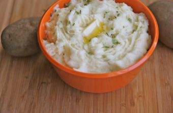 How to Make Easy, Creamy Homemade Mashed Potatoes Recipe