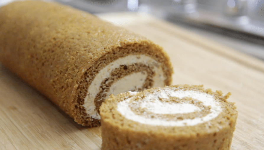 This pumpkin cake roll recipe is divine! Super moist and really packs ...