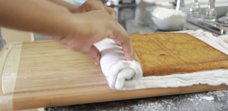 easy pumpkin cake roll recipe