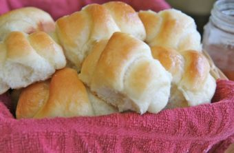 Sweet Dinner Rolls (No Bread Machine)