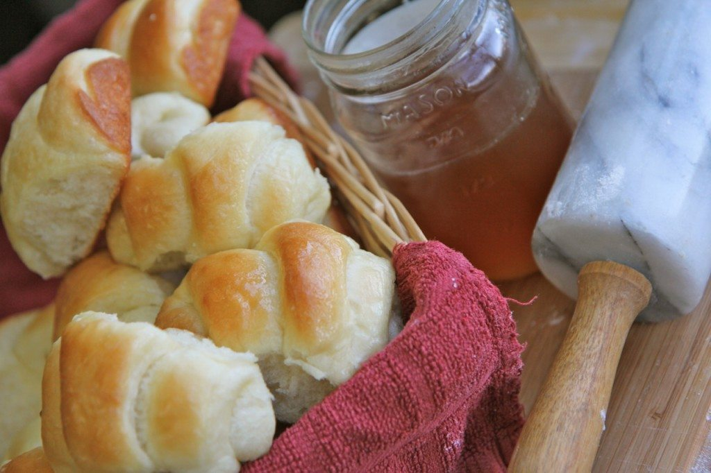 Sweet Dinner Roll Recipe No Bread Machine