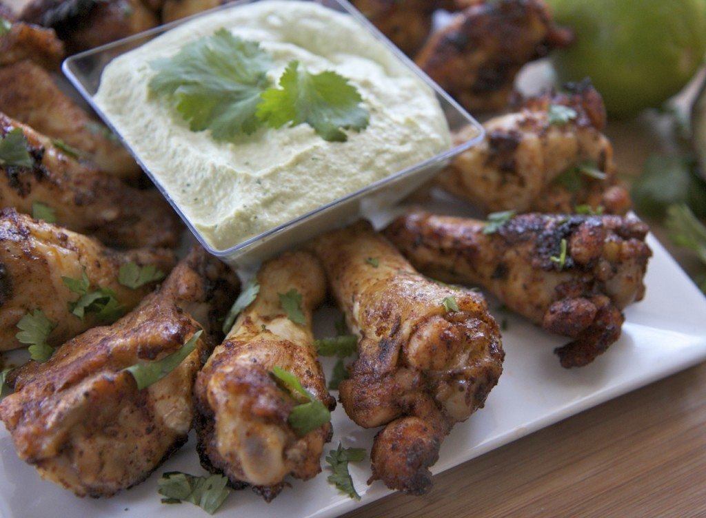 chipotle lime chicken wings recipe avocado sauce