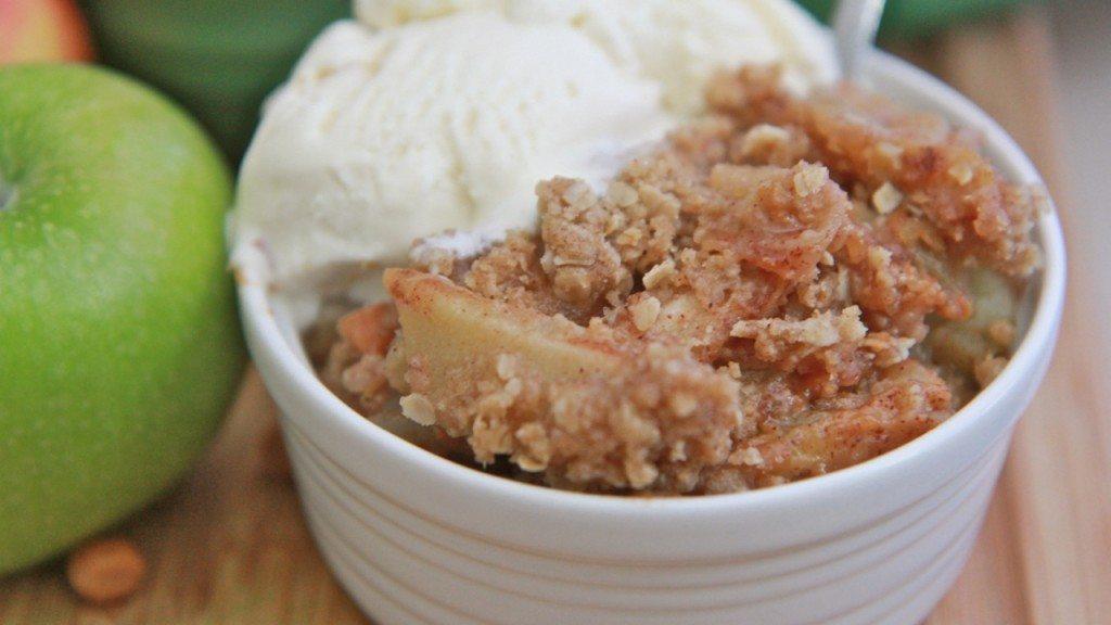 easy caramel apple crisp recipe