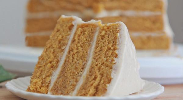 Easy Pumpkin Spice Cake Recipe w/ Cinnamon Cream Cheese Frosting ...