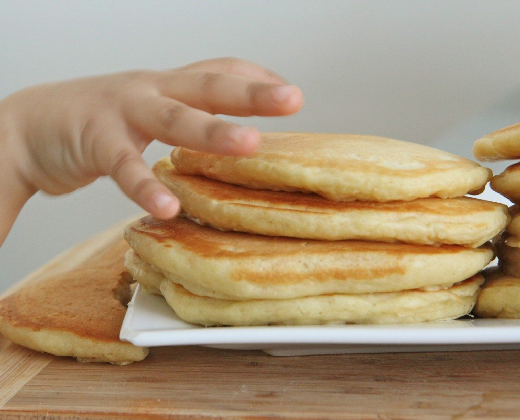 easy pancakes from scratch fluffy buttermilk pancakes recipe divas can cook 30255