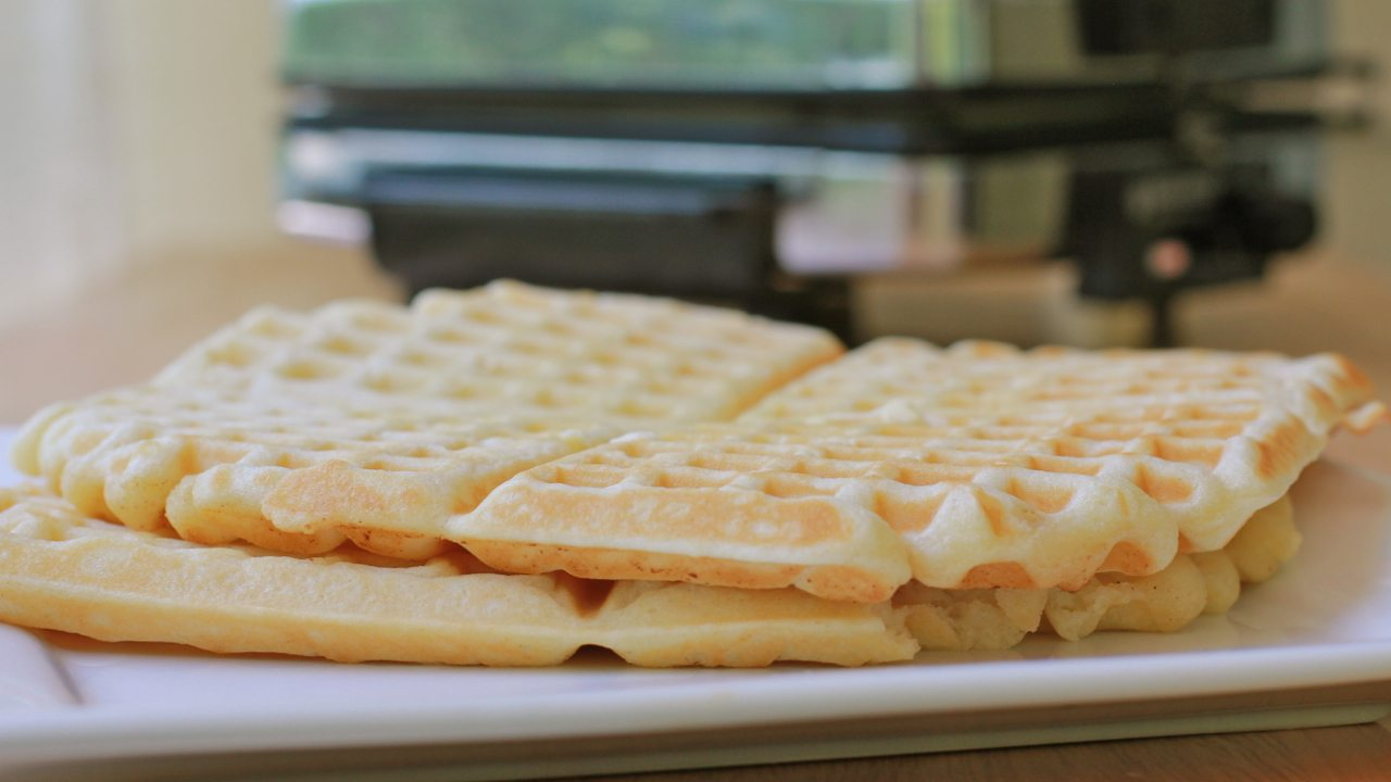 best easy buttermilk waffles recipe