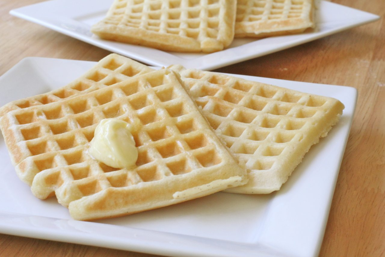 Easy Buttermilk Waffles Recipe | Divas Can Cook