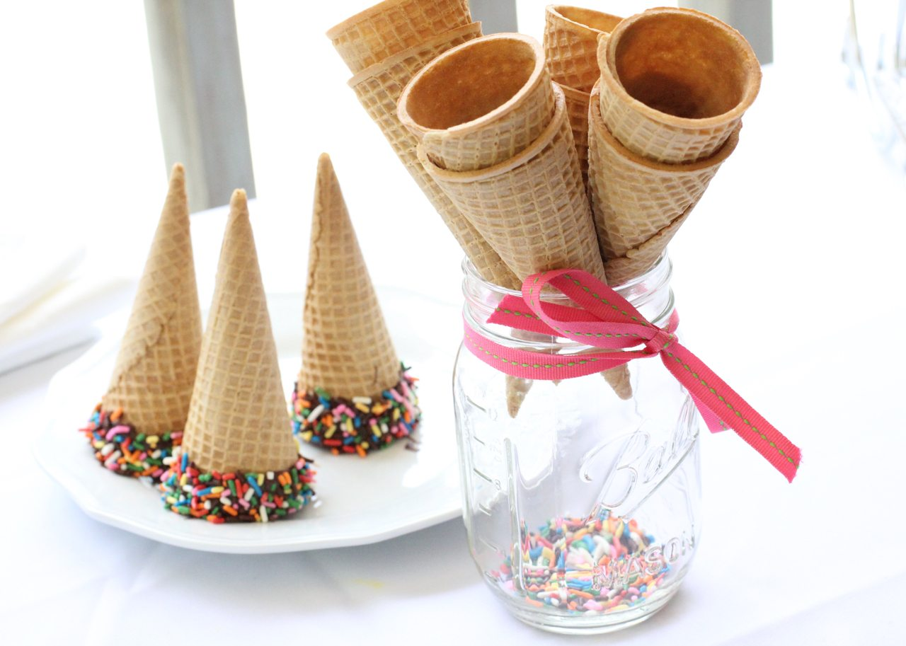 how to create an ice cream buffet easy