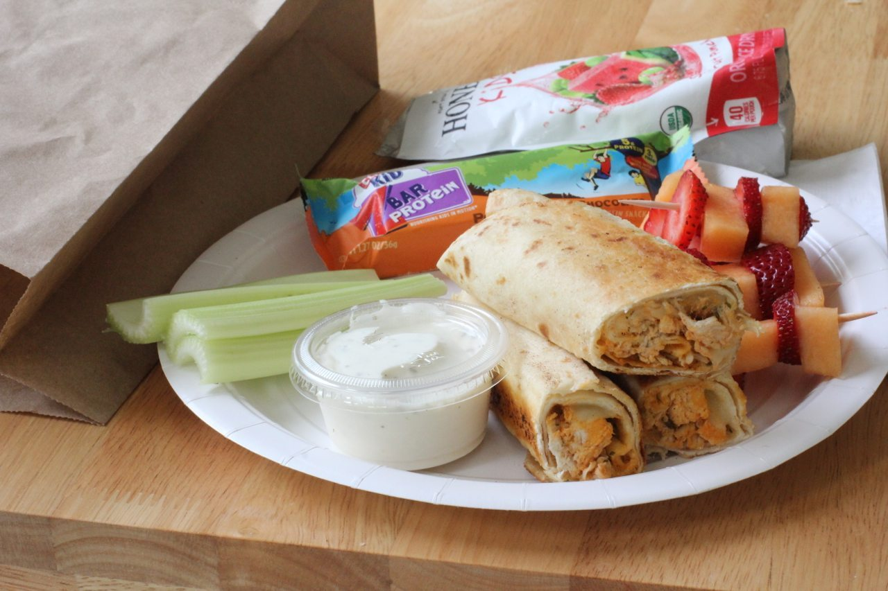 easy buffalo chicken rolls recipe