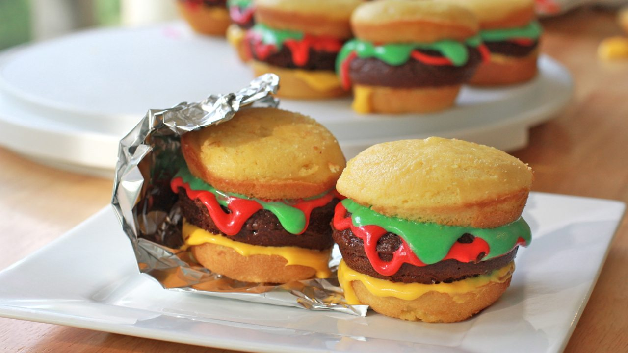 cheeseburger cupcakes recipe tutorial