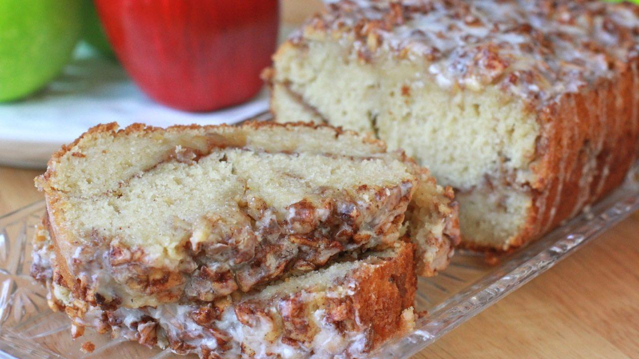 Apple Fritter Loaf Cake