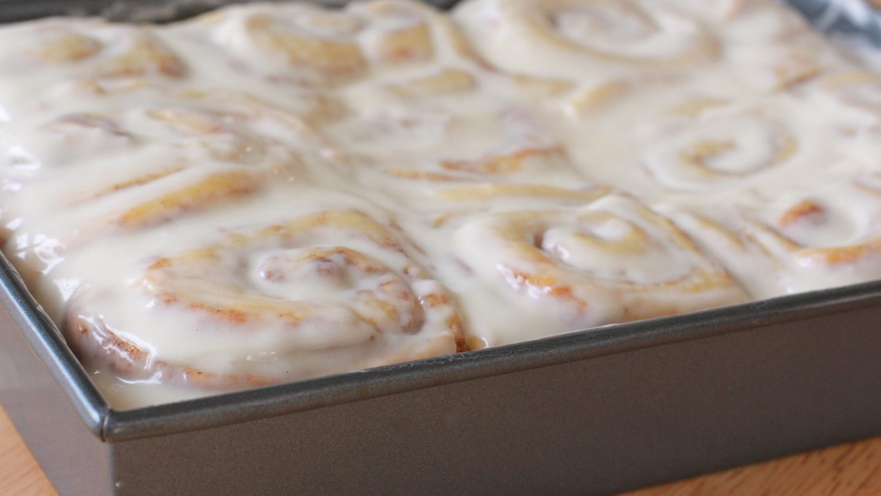 homemade cinnamon rolls easy