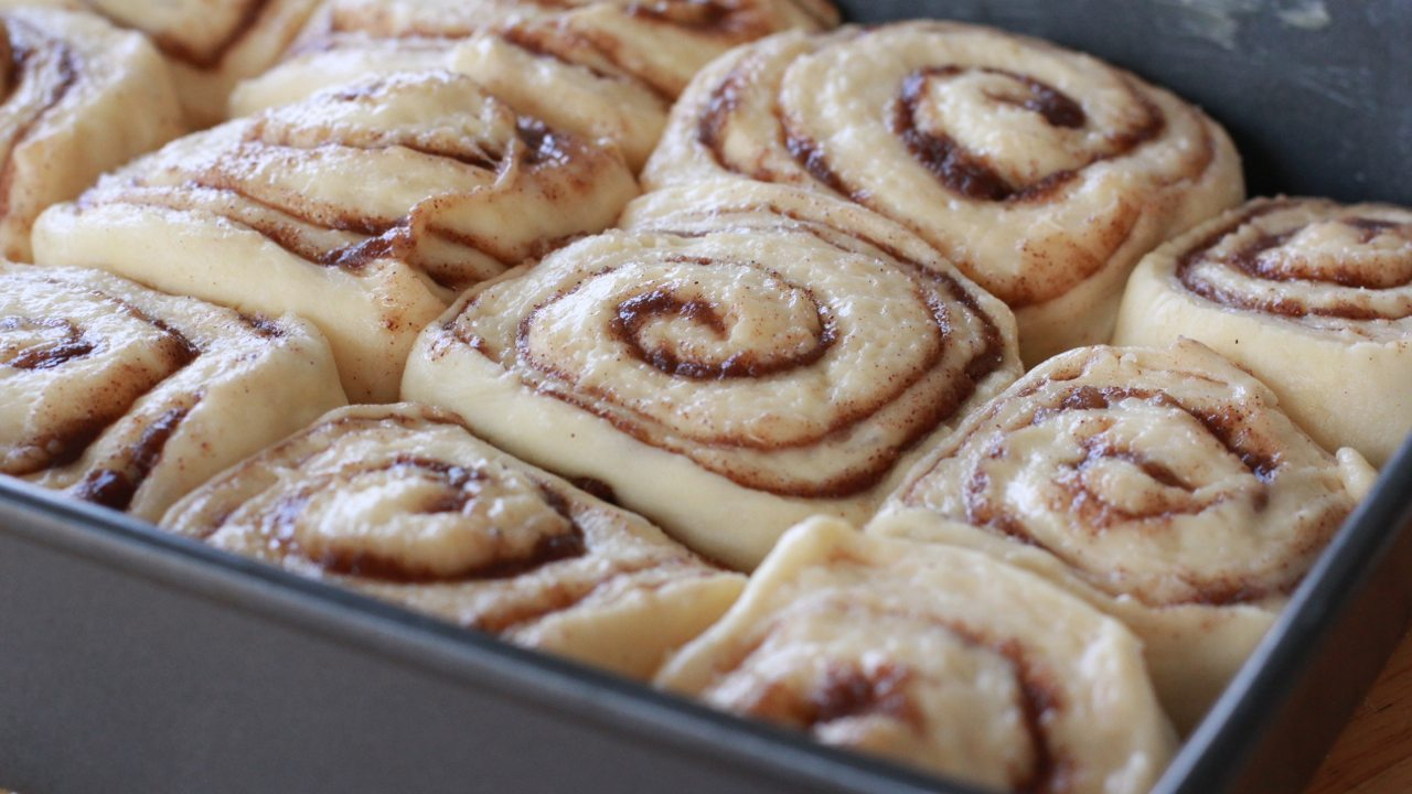 homemade cinnamon rolls recipe