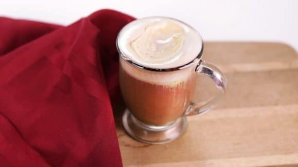 spiced-tea-with-pumpkin-whipped-cream_recipe_579x325_1412124033518