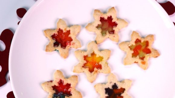 stained-glass-shortbread-holiday-cookies_recipe_579x325_1418866583140