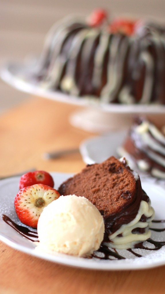 old fashioned cocoa pound cake best