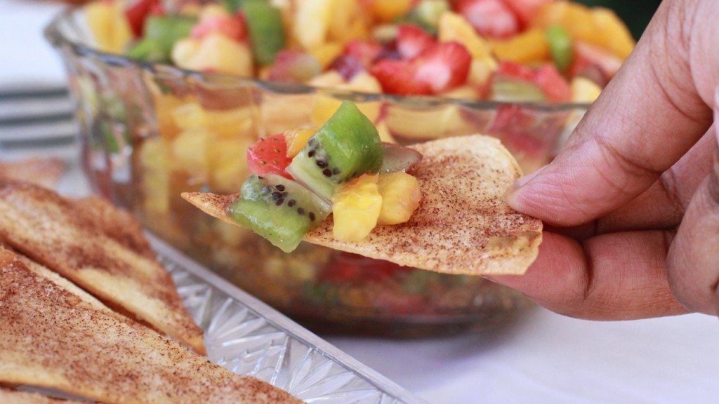 fresh fruit salsa cinnamon tortilla chips recipe