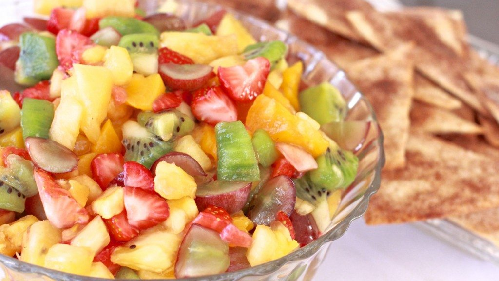 Fruit Salsa Cinnamon Tortilla Chips Recipe | Divas Can Cook