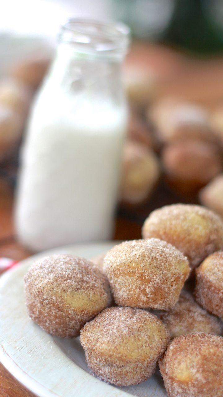 fluffy cinnamon sugar doughnut muffins recipe