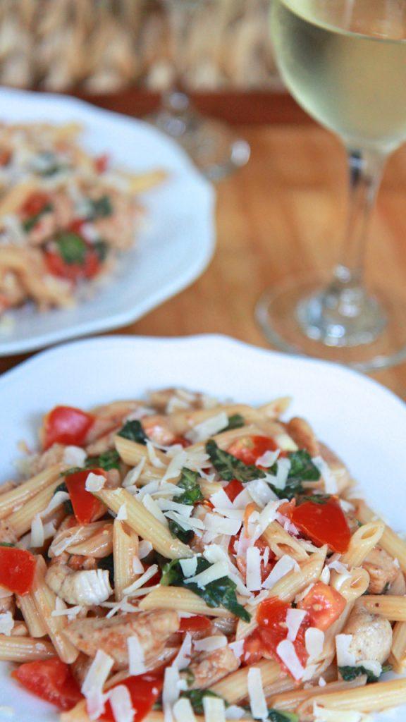 chicken tomato basil pasta salad