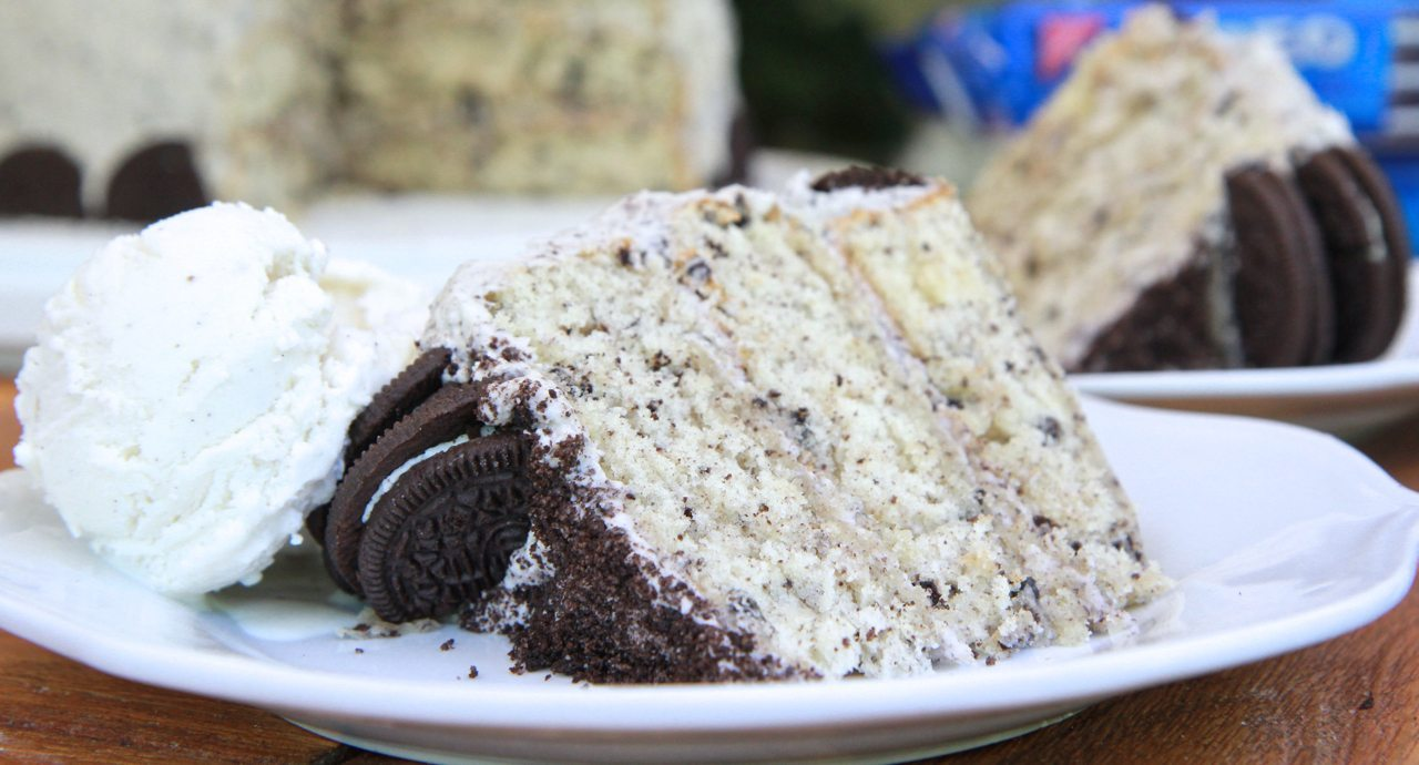 Homemade Cookies n Cream Cake