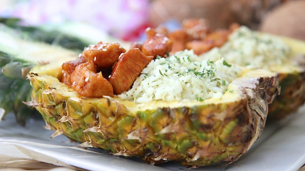 honey sriracha pineapple boats