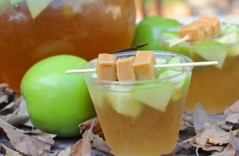 Sparkling Caramel Candy Apple Punch (Autumn Punch)