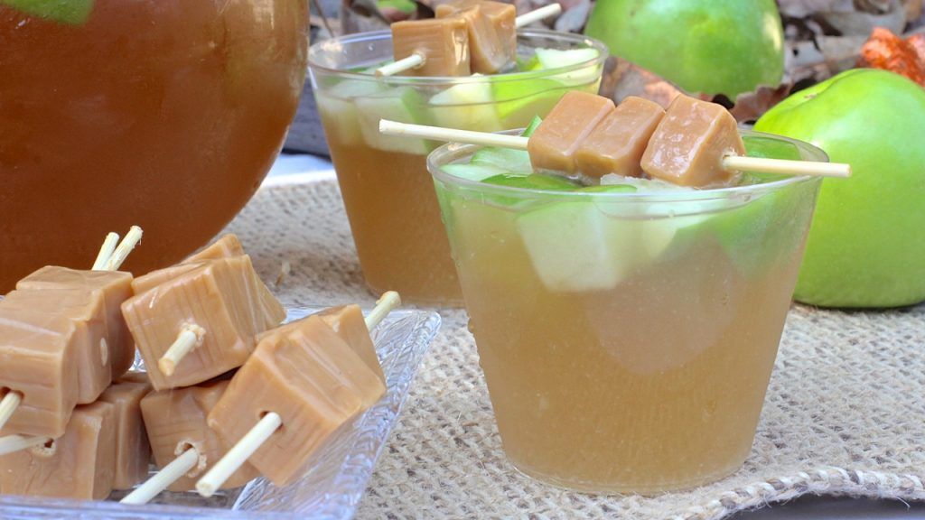 caramel-candy-apple-punch