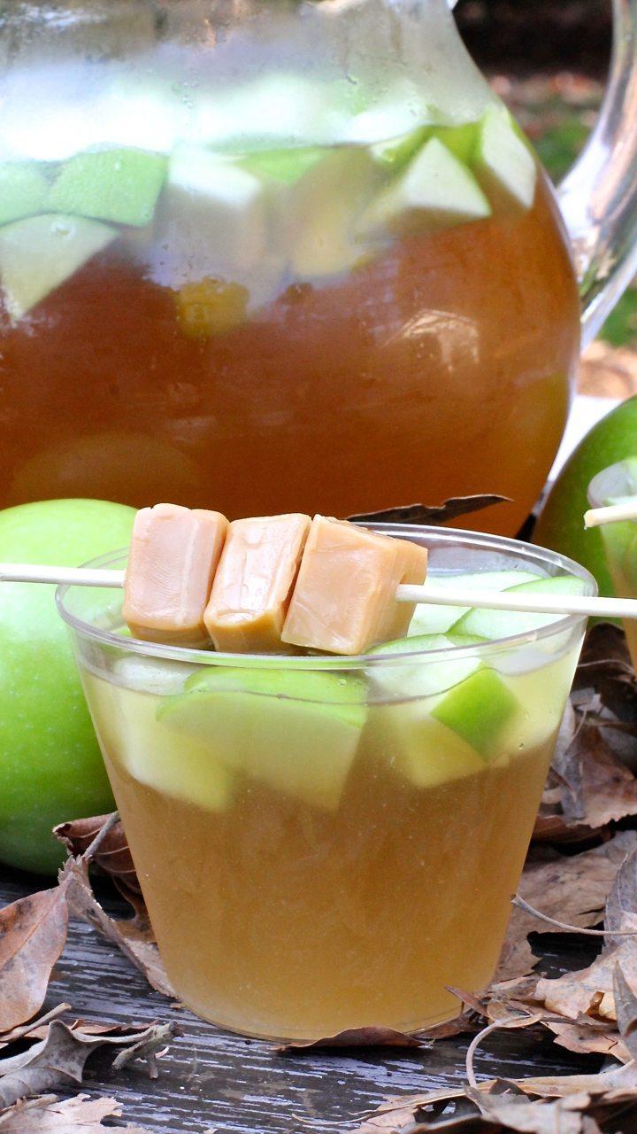 sparkling-caramel-apple-punch-recipe