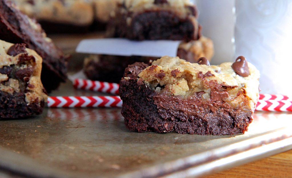 homemade-cookies-brownie-bars