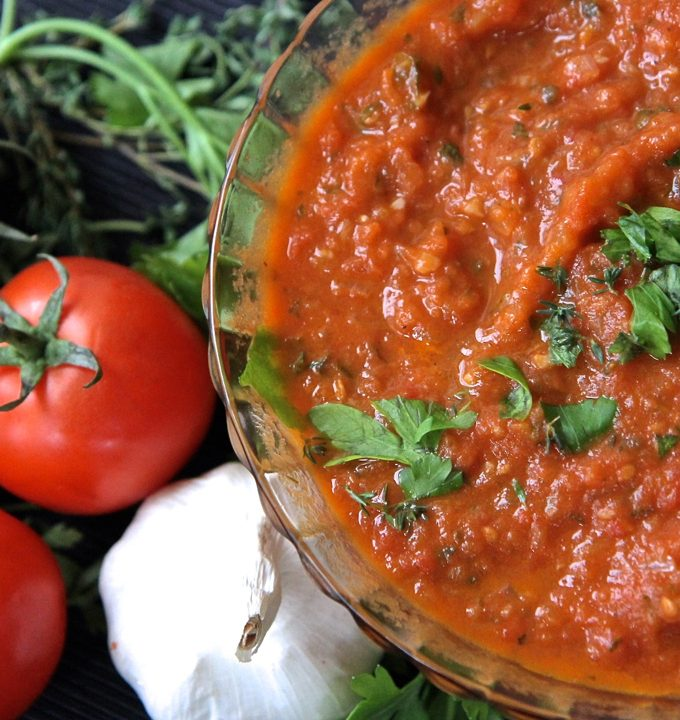 Homemade Tomato Sauce Using Fresh Tomatoes