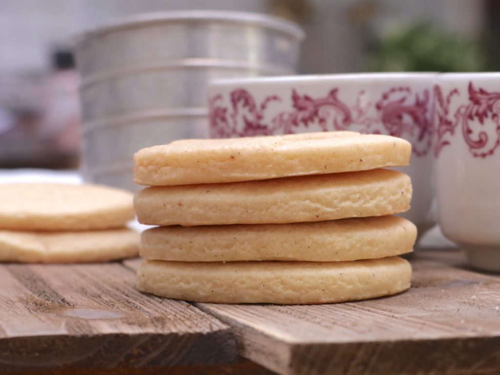 Old Fashioned Tea Cakes Recipe